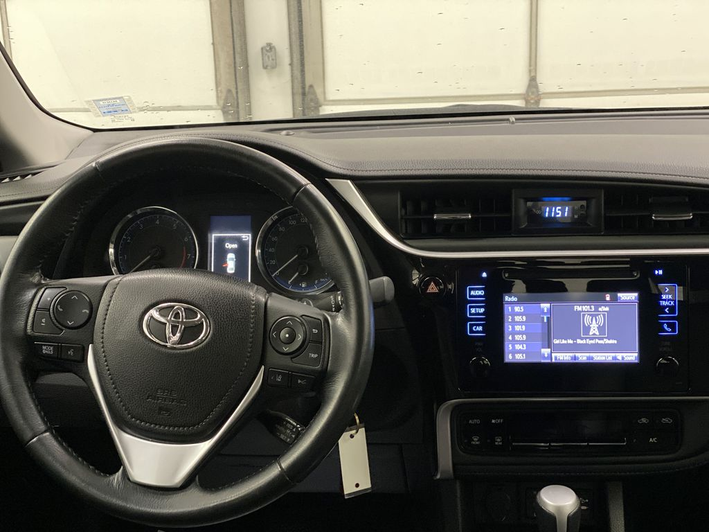 Silver[Classic Silver Metallic] 2018 Toyota Corolla Strng Wheel: Frm Rear in Dartmouth NS