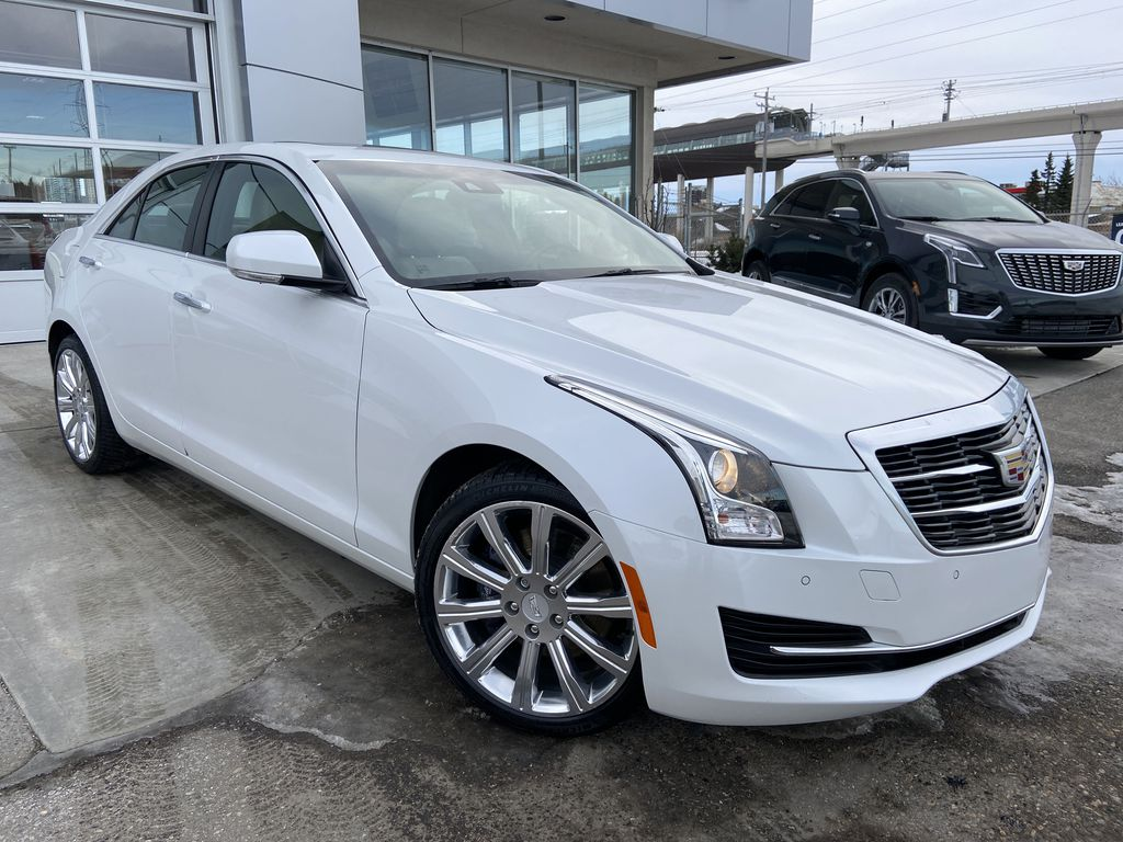 White[Crystal White Tricoat] 2018 Cadillac ATS Sedan Luxury AWD