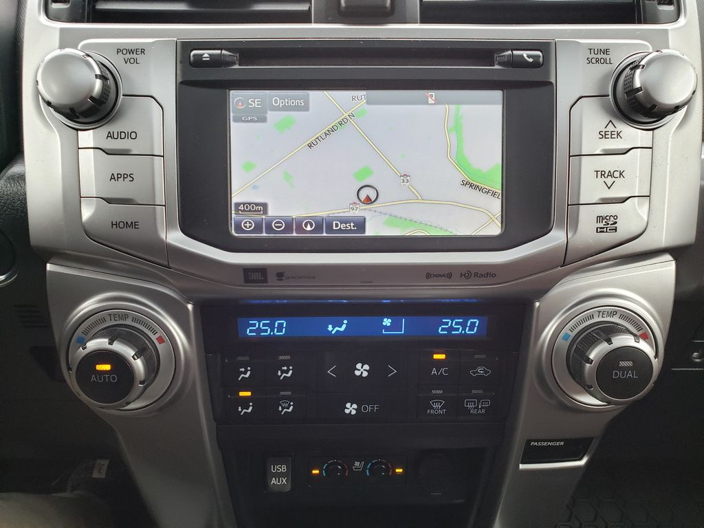 White[Blizzard Pearl] 2018 Toyota 4Runner Central Dash Options Photo in Kelowna BC