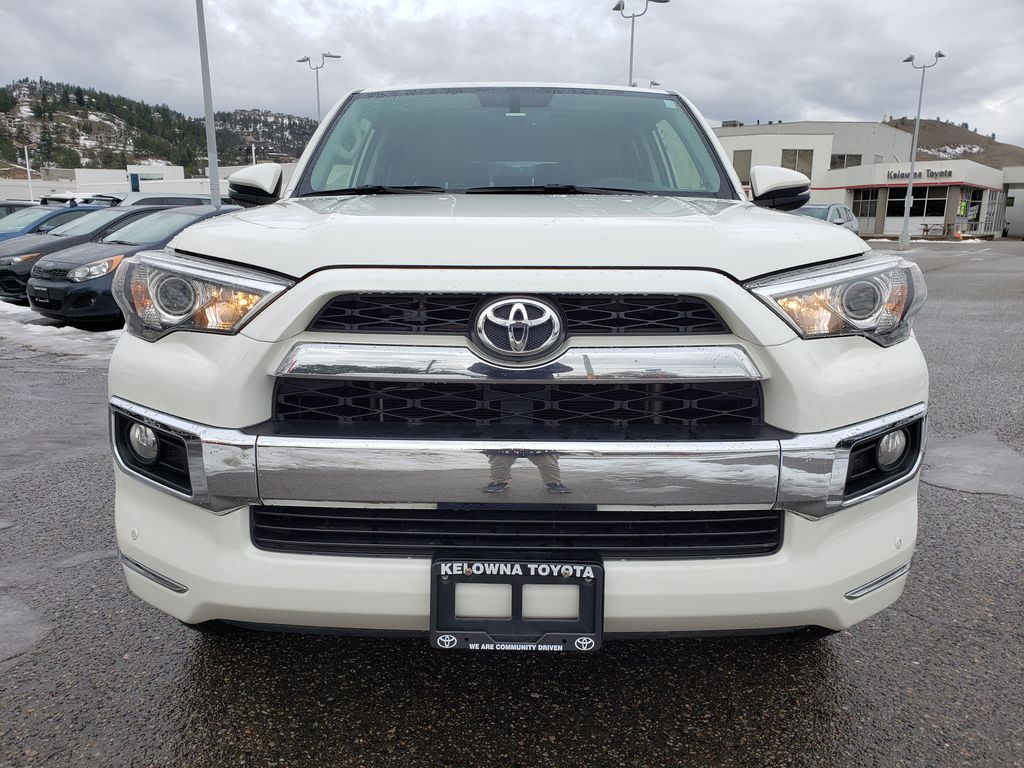 White[Blizzard Pearl] 2018 Toyota 4Runner Front Vehicle Photo in Kelowna BC