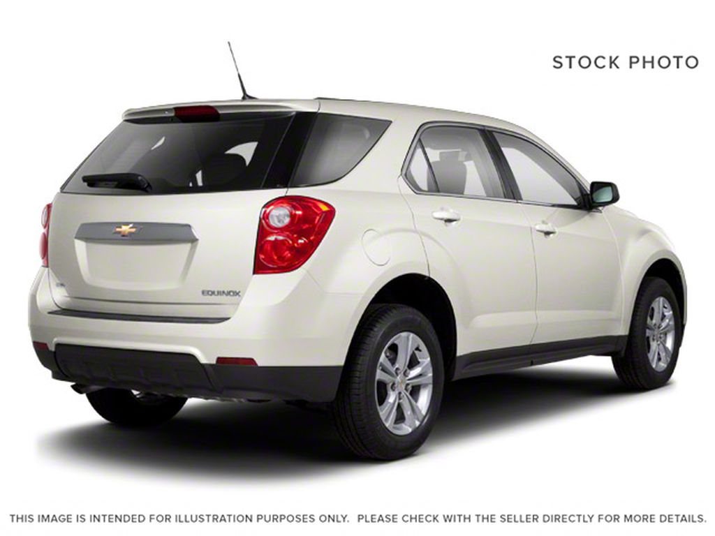 2013 Chevrolet Equinox Right Rear Corner Photo in Fort Macleod AB