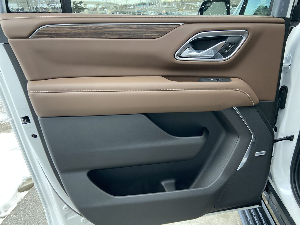 White[Iridescent Pearl Tricoat] 2021 Chevrolet Suburban High Country Left Rear Interior Door Panel Photo in Calgary AB