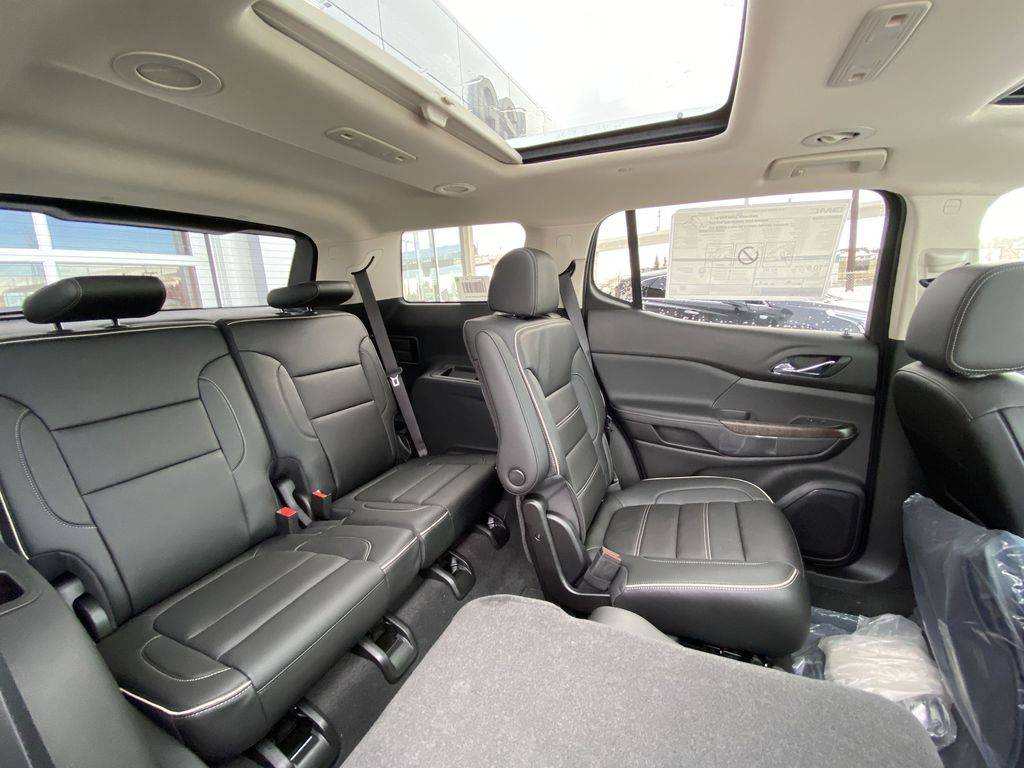 White[White Frost Tricoat] 2021 GMC Acadia Denali Right Side Rear Seat  Photo in Calgary AB