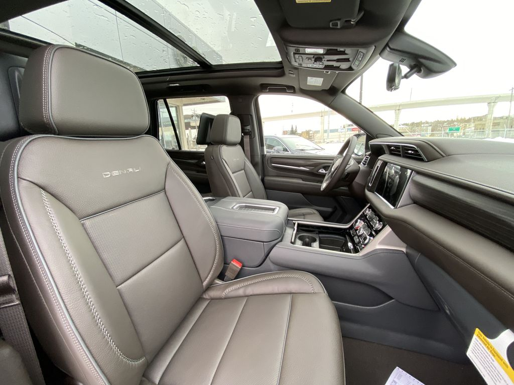 White[White Frost Tricoat] 2021 GMC Yukon Denali Right Side Front Seat  Photo in Calgary AB