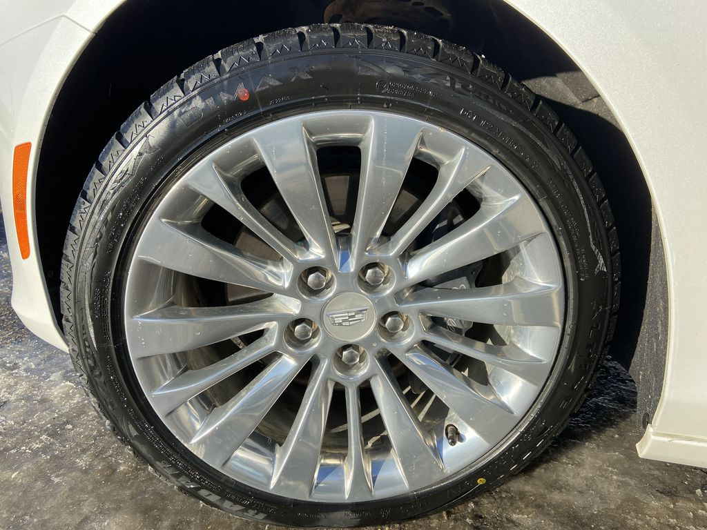 White[Crystal White Tricoat] 2016 Cadillac CTS Sedan Luxury AWD Left Front Rim and Tire Photo in Calgary AB