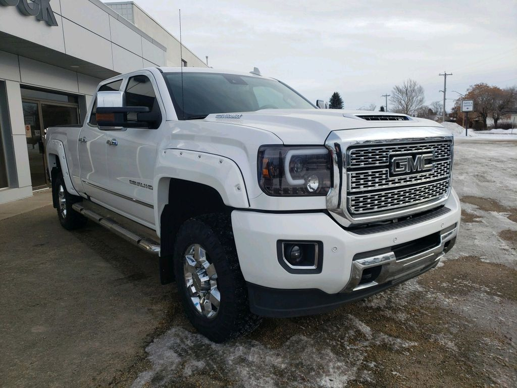 White 2018 GMC Sierra 3500HD Left Front Rim and Tire Photo in Westlock AB