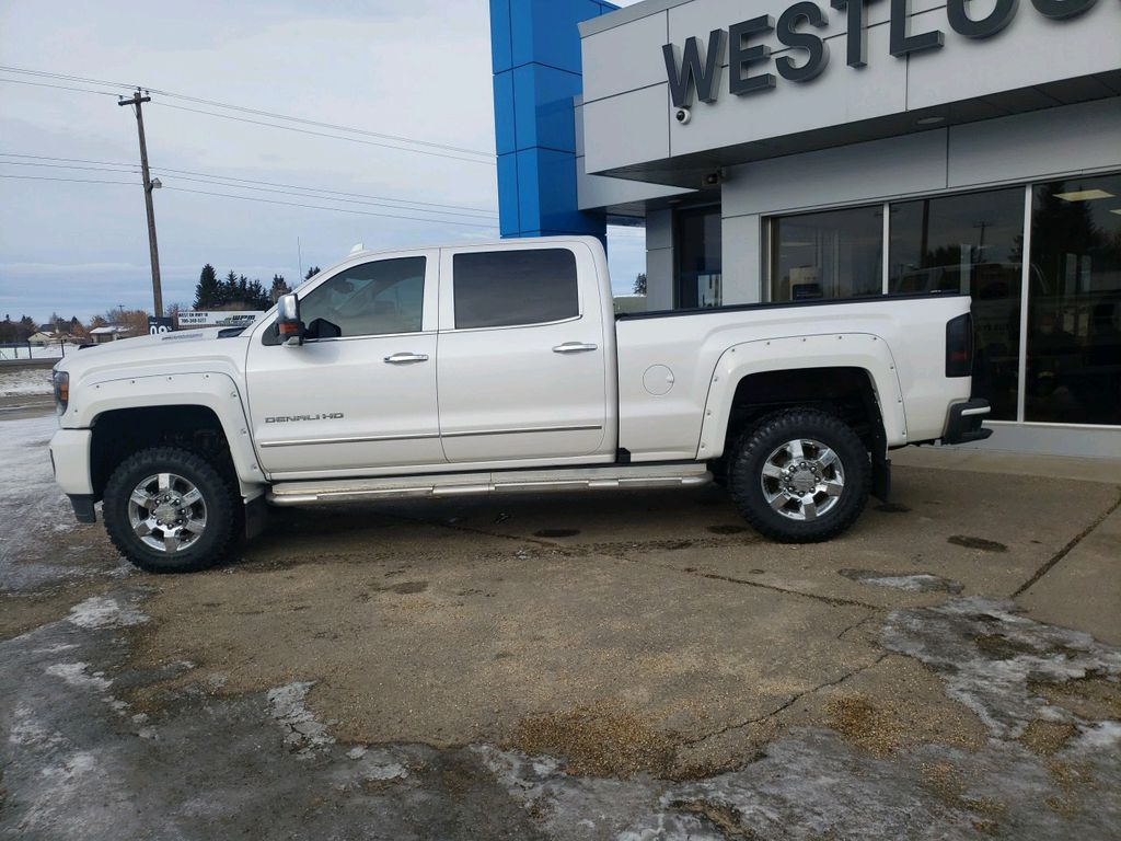 White 2018 GMC Sierra 3500HD Left Front Head Light / Bumper and Grill in Westlock AB