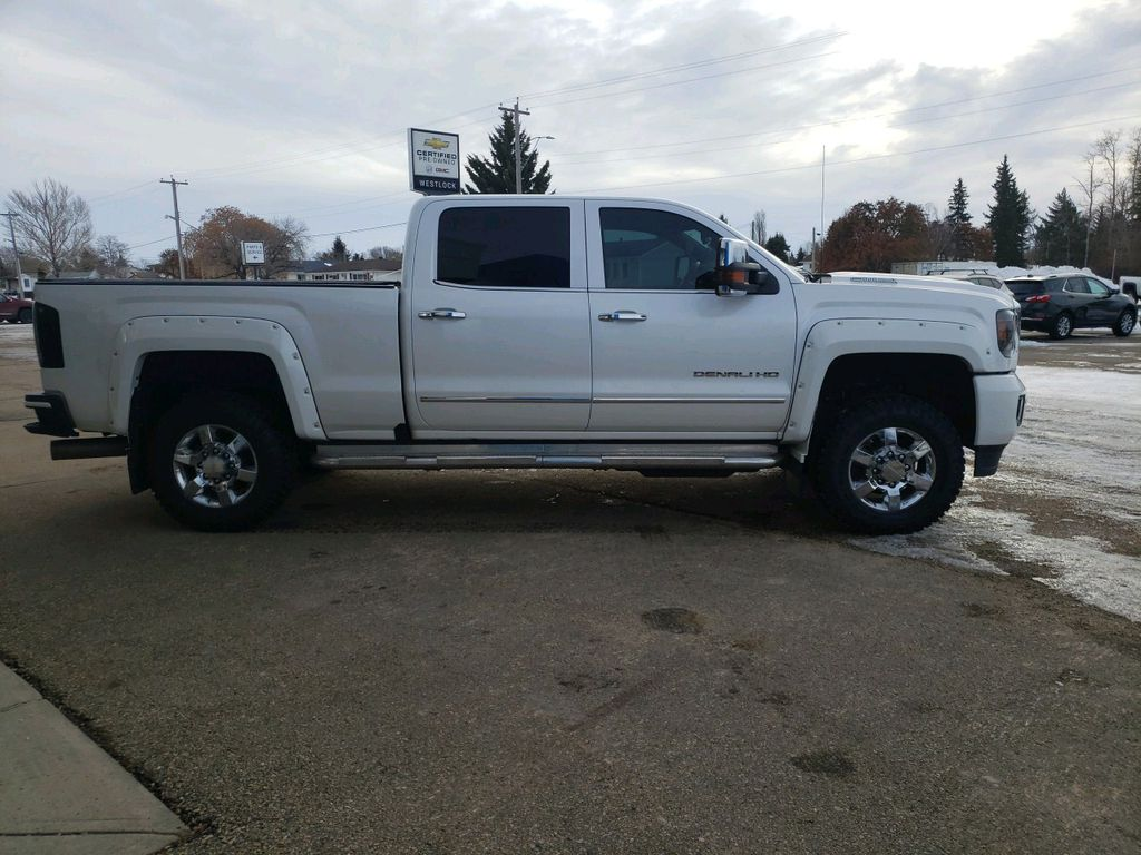 White 2018 GMC Sierra 3500HD Left Front Interior Door Panel Photo in Westlock AB