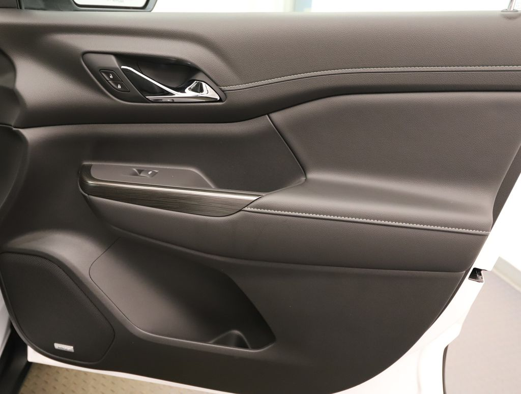 White 2021 GMC Acadia Trunk / Cargo Area Photo in Lethbridge AB