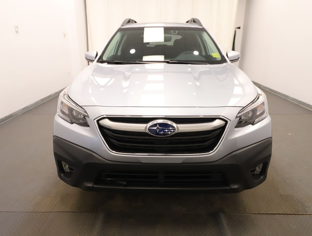 Silver 2021 Subaru Outback Front Vehicle Photo in Lethbridge AB