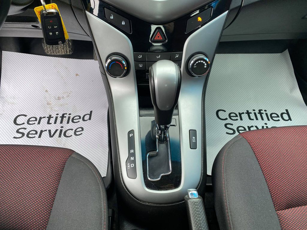 Silver 2014 Chevrolet Cruze Charge Ports/Pads (If applicable) in Nipawin SK