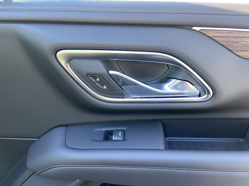 Black[Black] 2021 Chevrolet Tahoe High Country Passenger Front Door Controls Photo in Calgary AB