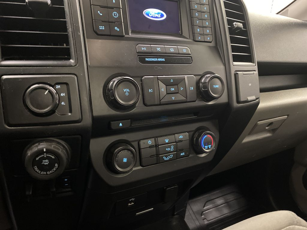 Blue[Blue Jeans Metallic] 2018 Ford F-150 Central Dash Options Photo in Dartmouth NS