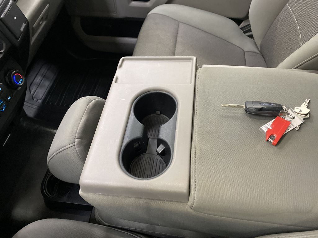 Blue[Blue Jeans Metallic] 2018 Ford F-150 Center Console Photo in Dartmouth NS