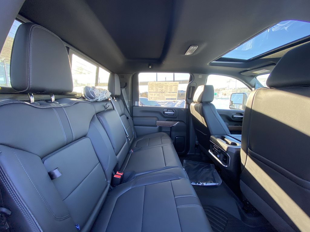 White[Iridescent Pearl Tricoat] 2021 Chevrolet Silverado 3500HD High Country Right Side Rear Seat  Photo in Calgary AB