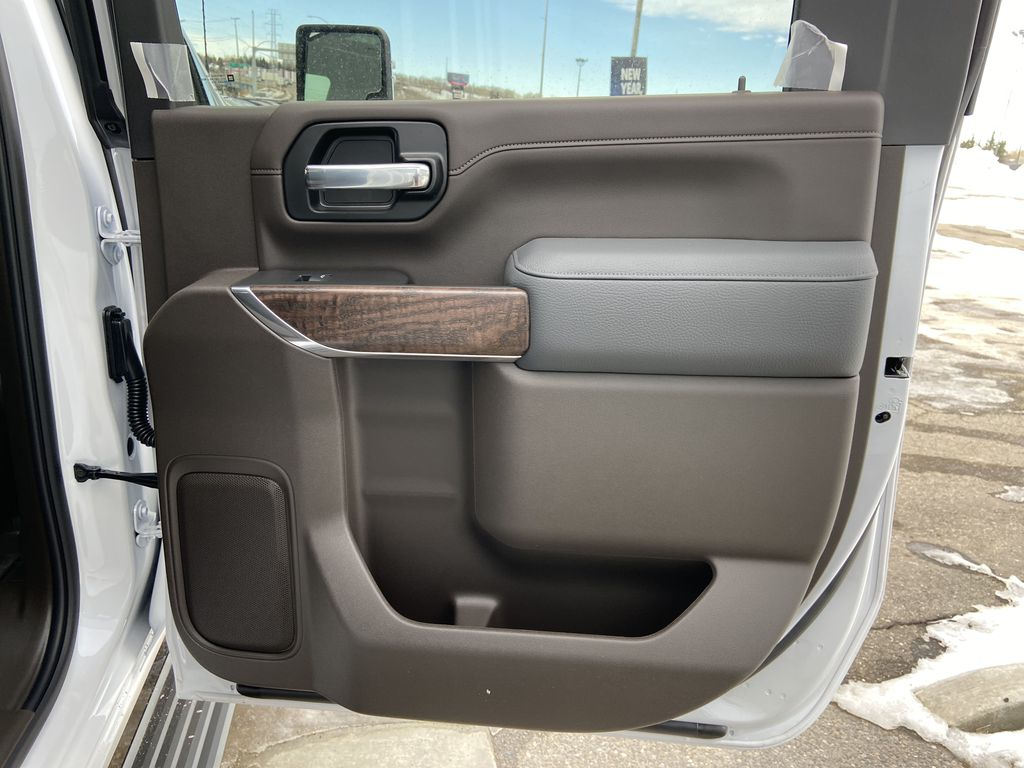 White[White Frost Tricoat] 2021 GMC Sierra 3500HD Denali Right Rear Interior Door Panel Photo in Calgary AB