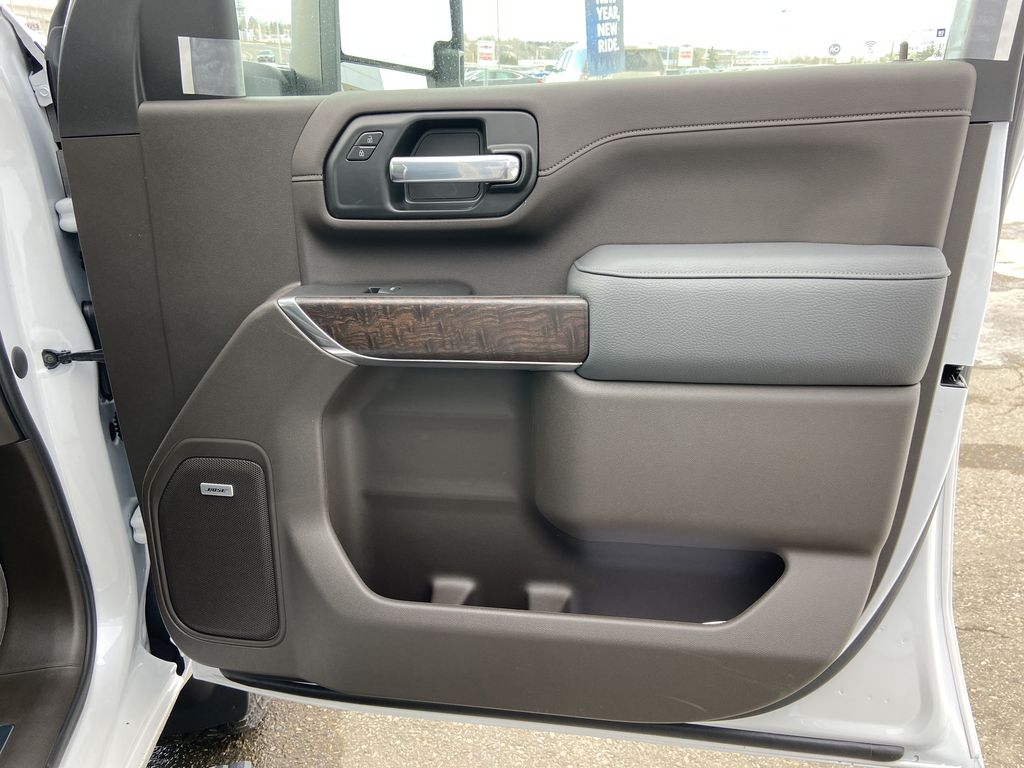 White[White Frost Tricoat] 2021 GMC Sierra 3500HD Denali Right Front Interior Door Panel Photo in Calgary AB