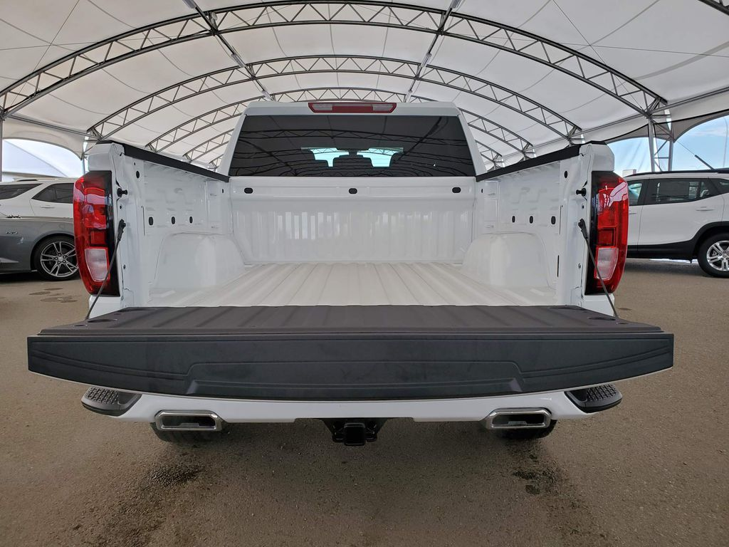 White 2021 GMC Sierra 1500 Strng Wheel: Frm Rear in Airdrie AB