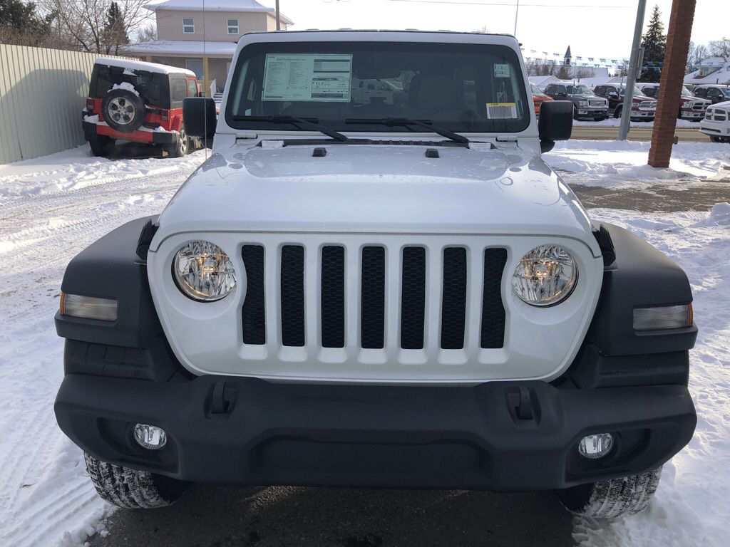 White 2018 Jeep Wrangler Unlimited  Driver's Side Door Controls Photo in Fort Macleod AB