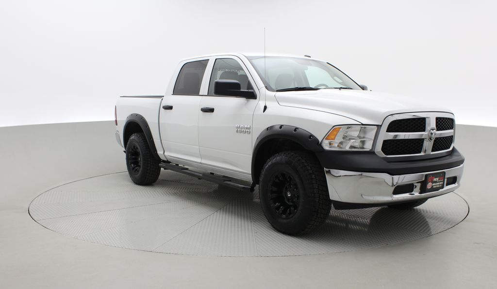 White[Bright White] Lifted 2017 Ram 1500 SXT 4WD - HEMI, Crew Cab, Fuel Rims / Nitto Tires Left Front Corner Photo in Winnipeg MB