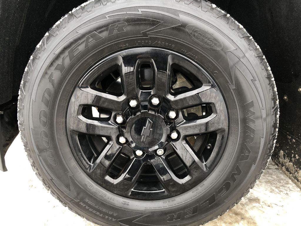 Black[Black] 2016 Chevrolet Silverado 2500HD Left Front Rim and Tire Photo in Edmonton AB