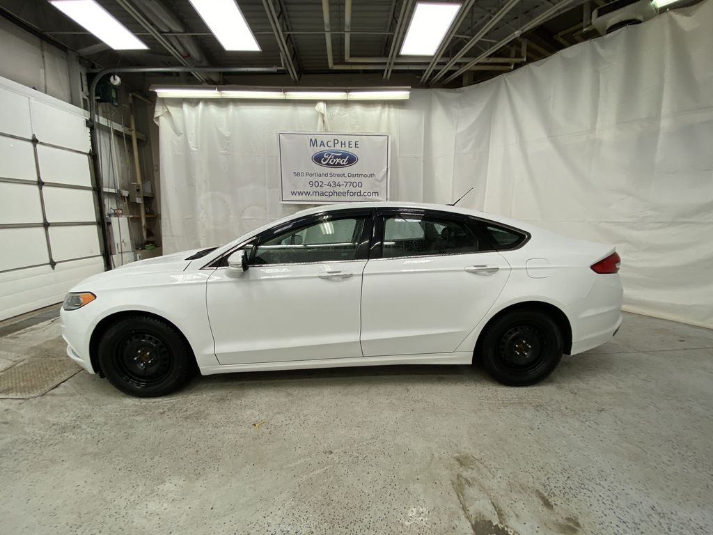 White[Oxford White] 2017 Ford Fusion Left Side Photo in Dartmouth NS