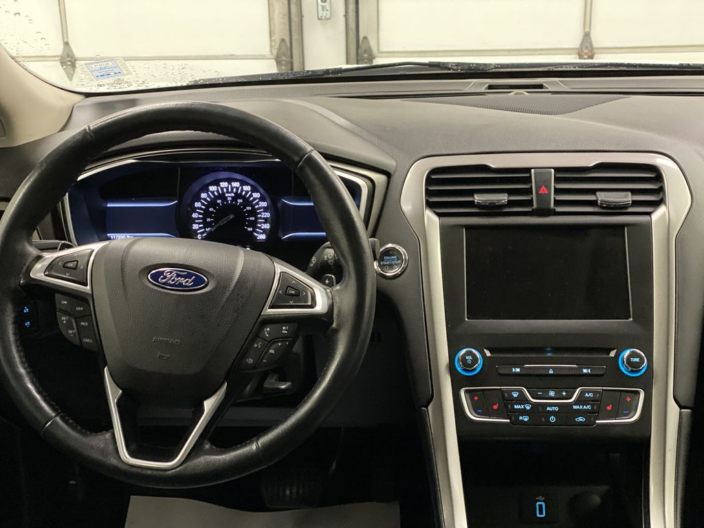 White[Oxford White] 2017 Ford Fusion Strng Wheel: Frm Rear in Dartmouth NS