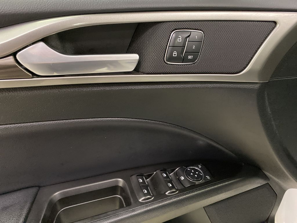 White[Oxford White] 2017 Ford Fusion  Driver's Side Door Controls Photo in Dartmouth NS