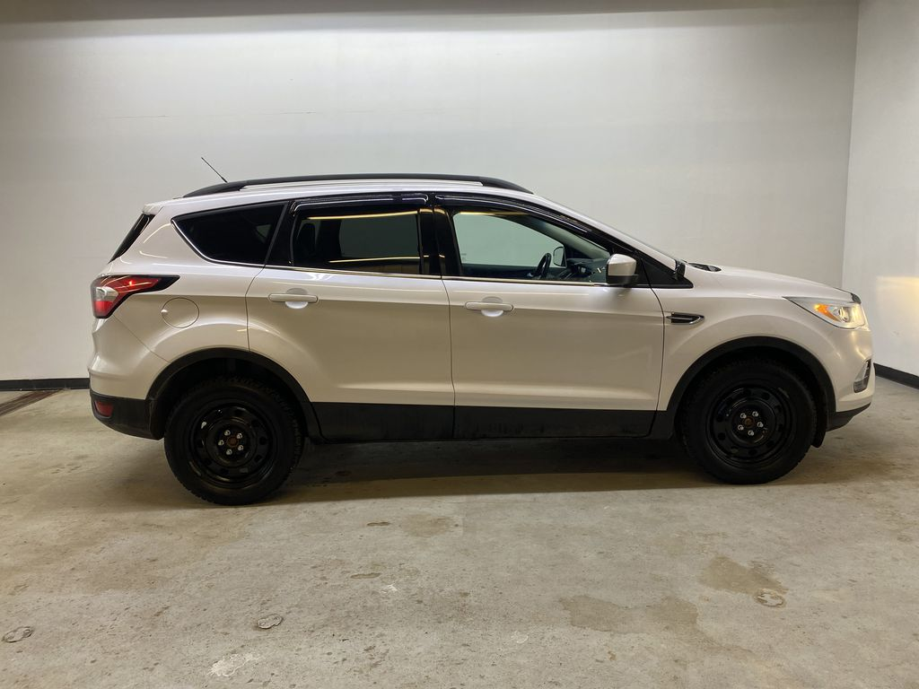 WHITE 2017 Ford Escape SE - Apple CarPlay, Backup Camera, NAV Right Side Photo in Edmonton AB
