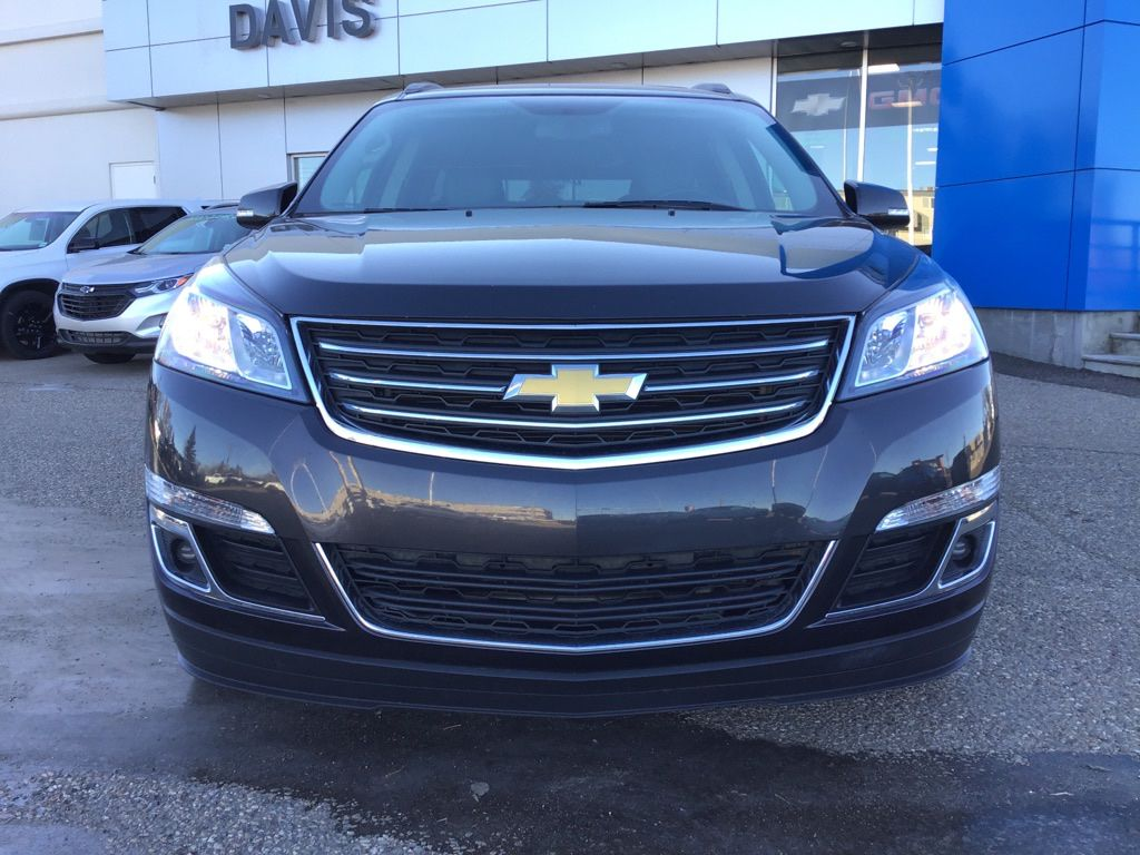 Grey 2017 Chevrolet Traverse Front Vehicle Photo in Brooks AB