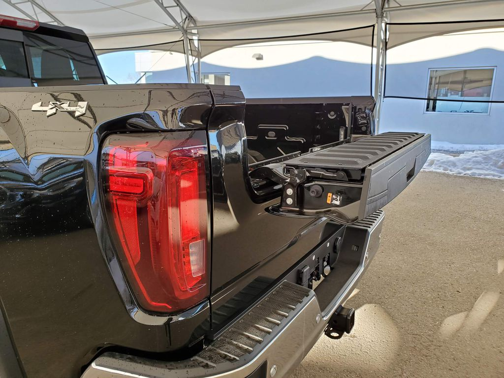 Black 2021 GMC Sierra 2500HD Right Front Interior Door Panel Photo in Airdrie AB