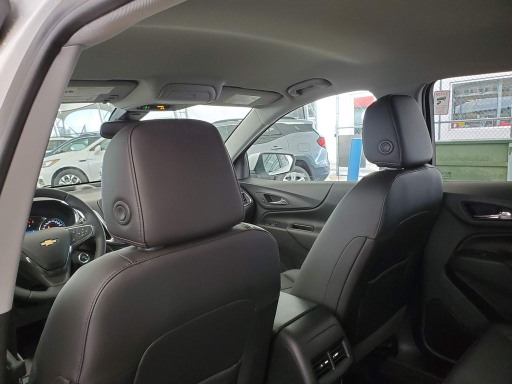 White 2021 Chevrolet Equinox Center Console Photo in Airdrie AB
