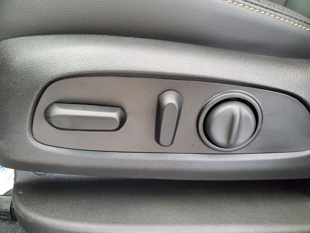 White 2021 Chevrolet Equinox Driver's Side Door Controls Photo in Airdrie AB
