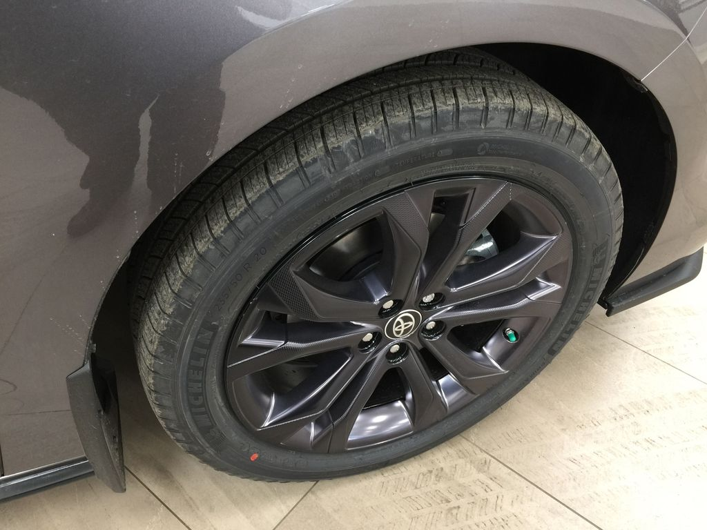 Gray[Predawn Gray Mica] 2021 Toyota Sienna XSE Hybrid FWD Right Front Rim and Tire Photo in Sherwood Park AB