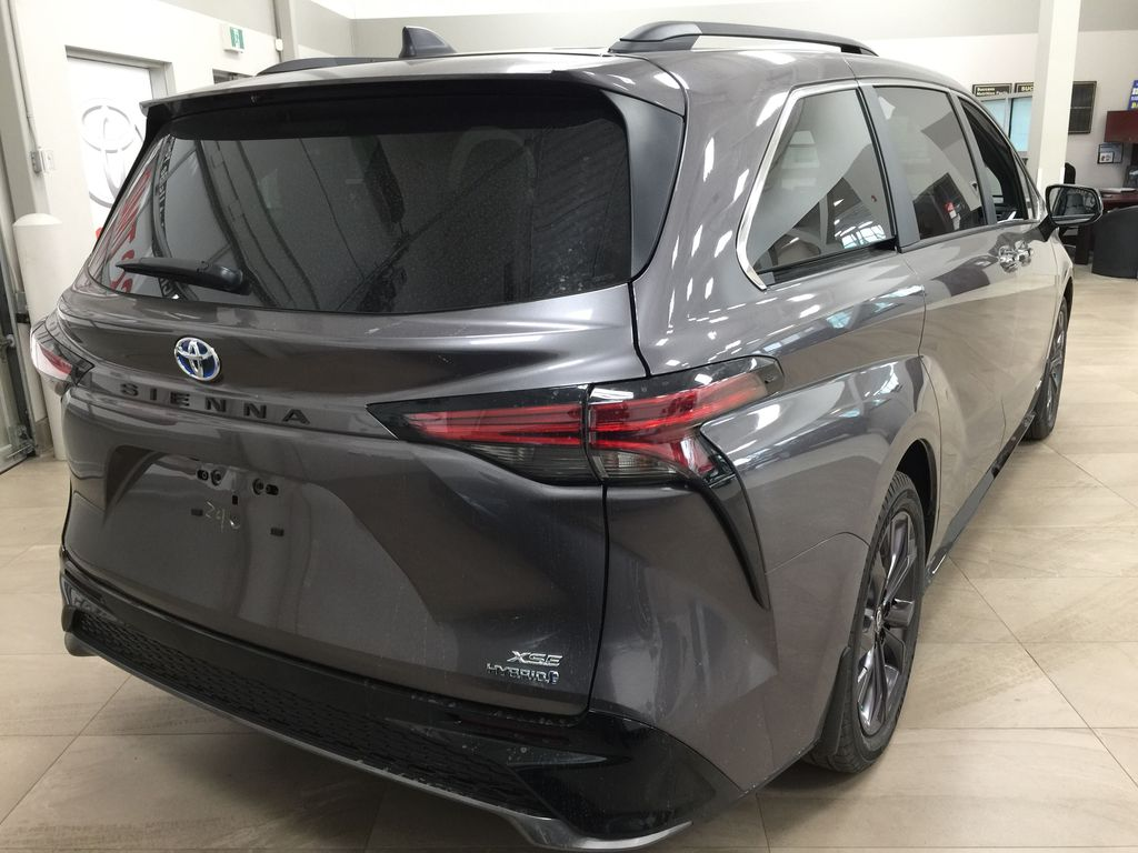 Gray[Predawn Gray Mica] 2021 Toyota Sienna XSE Hybrid FWD Right Rear Corner Photo in Sherwood Park AB