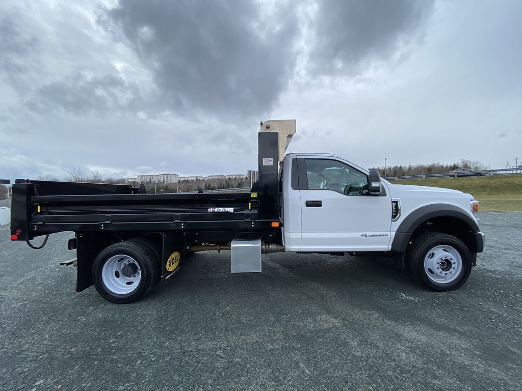 White[Oxford White] 2020 Ford Super Duty F-550 DRW Right Side Photo in Dartmouth NS
