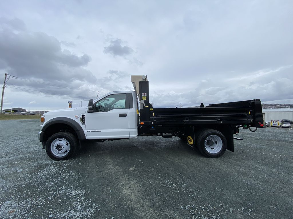 White[Oxford White] 2020 Ford Super Duty F-550 DRW Left Side Photo in Dartmouth NS