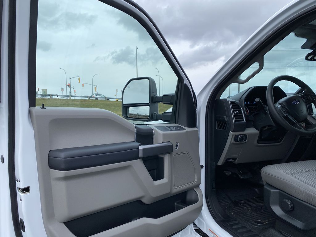 White[Oxford White] 2020 Ford Super Duty F-550 DRW Left Front Interior Door Panel Photo in Dartmouth NS