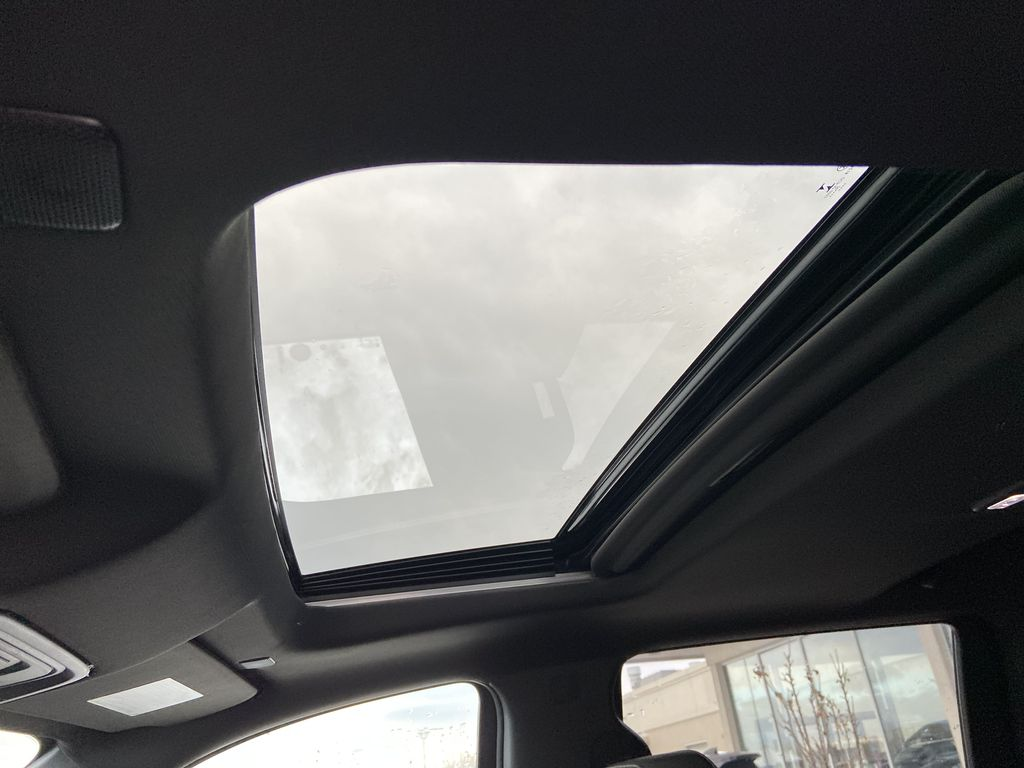 Black[Black] 2021 Chevrolet Silverado 1500 High Country Sunroof Photo in Calgary AB