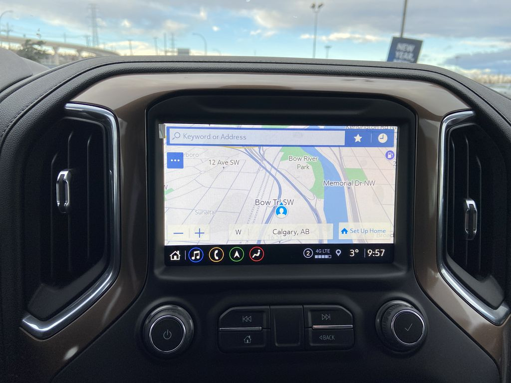 Black[Black] 2021 Chevrolet Silverado 1500 High Country Navigation Screen Closeup Photo in Calgary AB