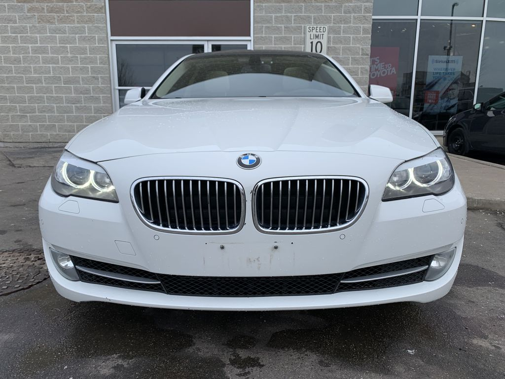 White[Alpine White] 2012 BMW 5 Series Left Side Photo in Brampton ON