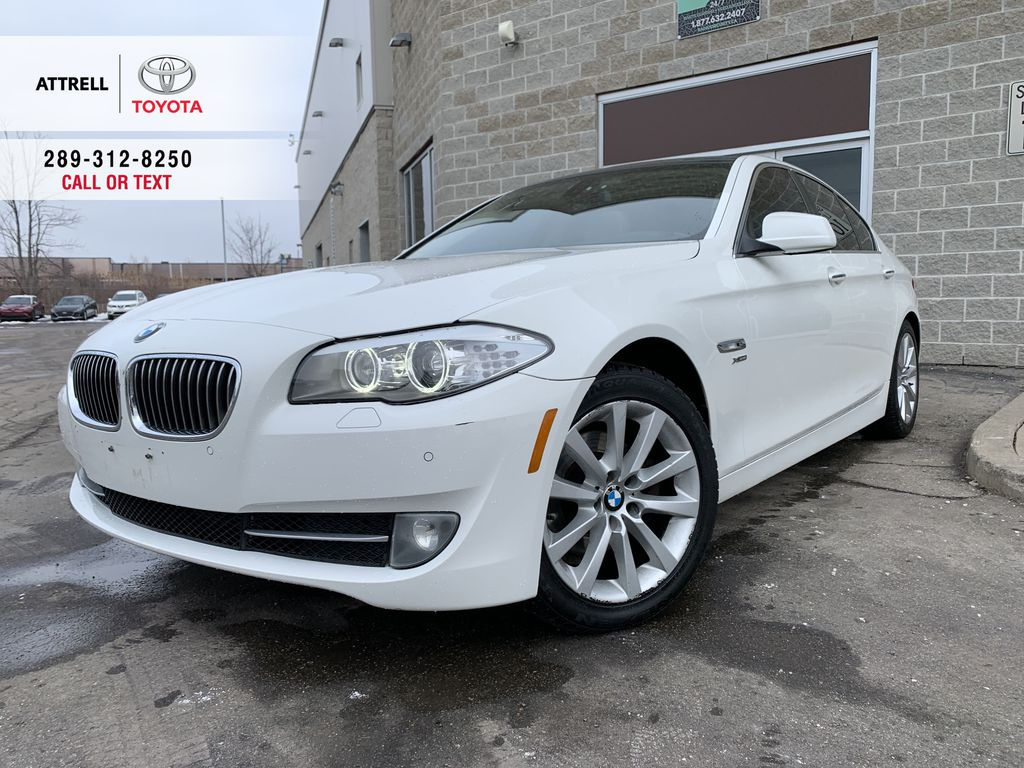 White[Alpine White] 2012 BMW 5 Series