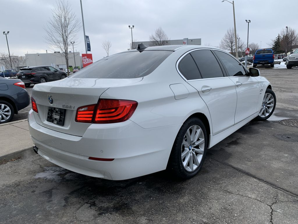 White[Alpine White] 2012 BMW 5 Series Sunroof Photo in Brampton ON