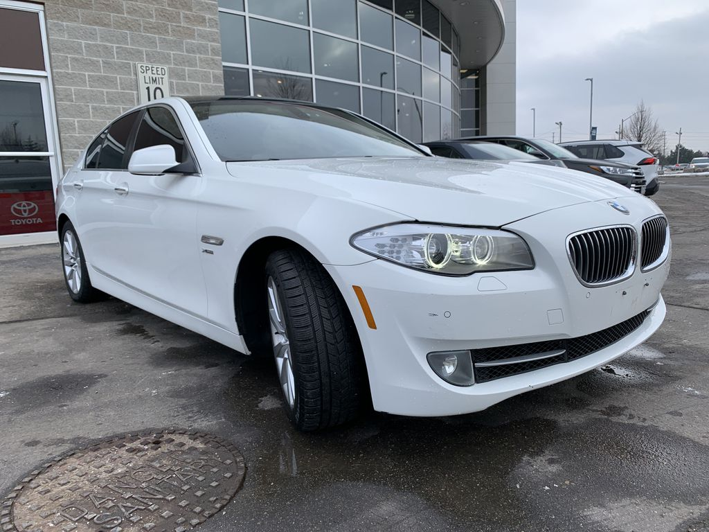 White[Alpine White] 2012 BMW 5 Series Engine Compartment Photo in Brampton ON