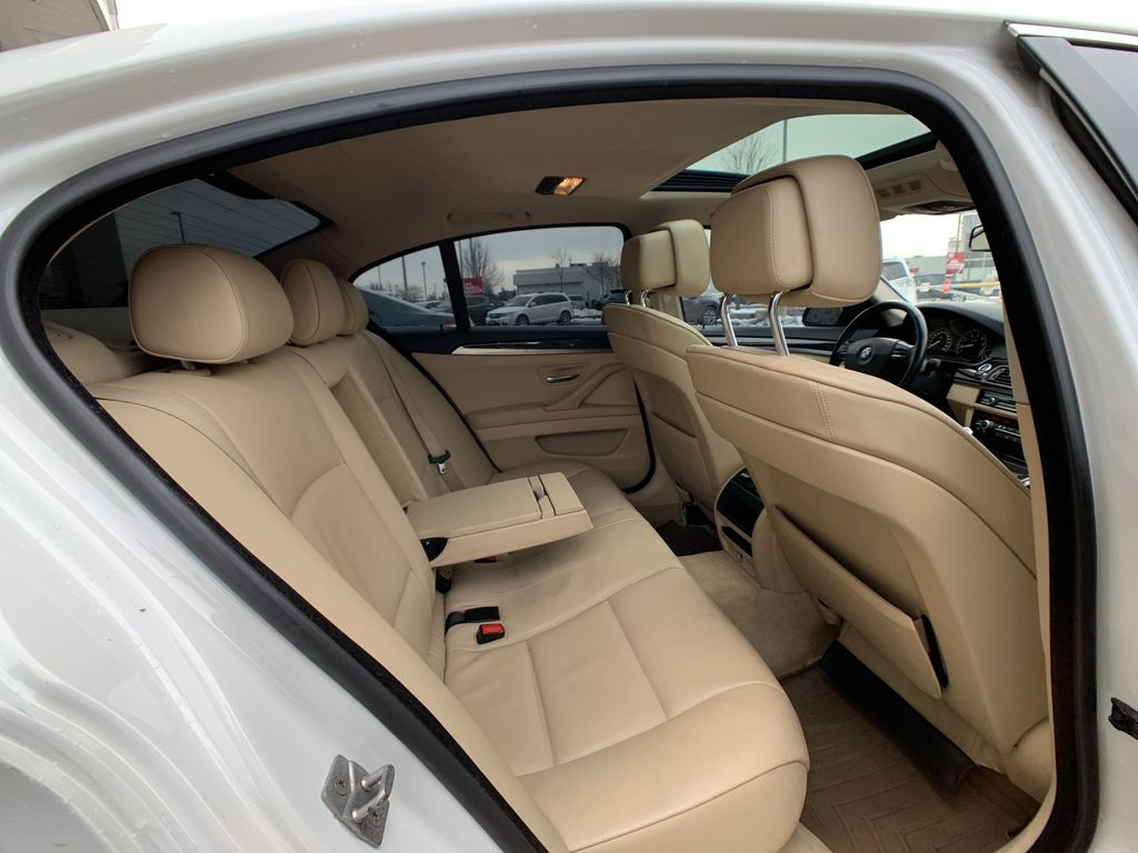 White[Alpine White] 2012 BMW 5 Series Right Rear Interior Door Panel Photo in Brampton ON