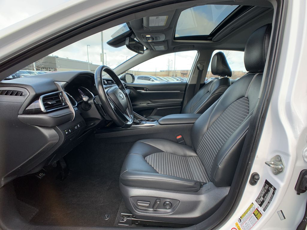 White 2019 Toyota Camry STOCK NOT FOUND Central Dash Options Photo in Brampton ON