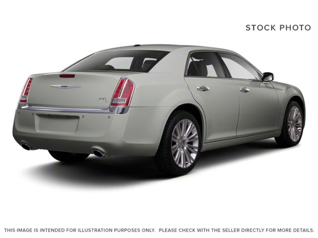Silver[Billet Metallic] 2013 Chrysler 300 Right Rear Corner Photo in Fort Macleod AB