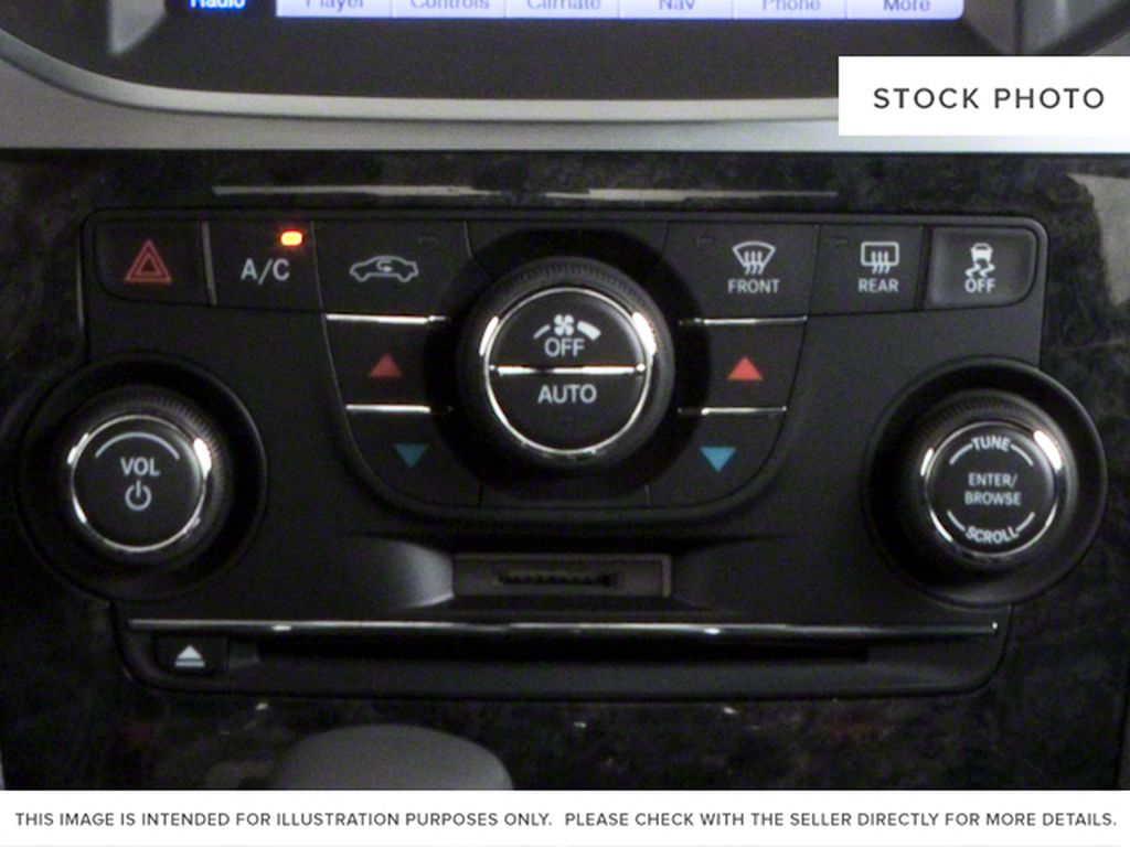 Silver[Billet Metallic] 2013 Chrysler 300 Radio Controls Closeup Photo in Fort Macleod AB