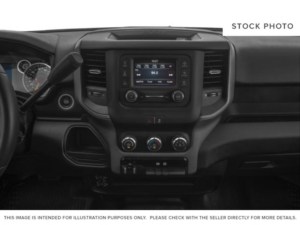 UNKNOWN 2019 Ram 2500 Radio Controls Closeup Photo in Fort Macleod AB