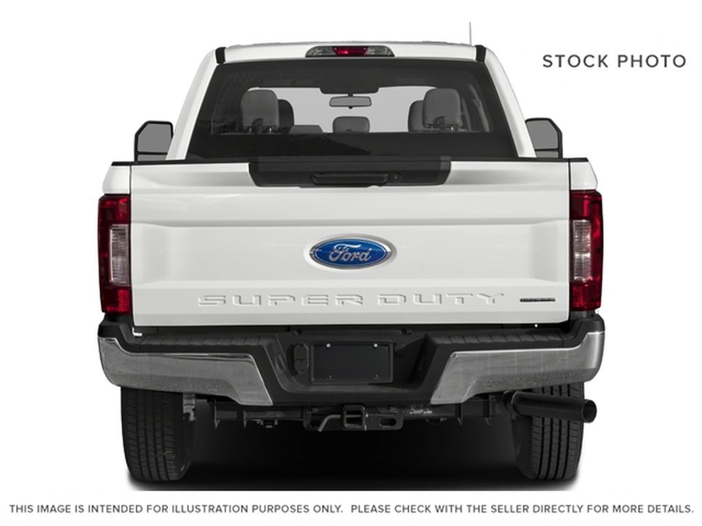 White[Oxford White] 2018 Ford Super Duty F-350 SRW Rear of Vehicle Photo in Fort Macleod AB